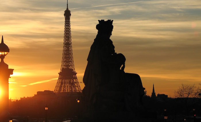 Paris erleben: Flohmarkt, Blutenten und intime Nächte