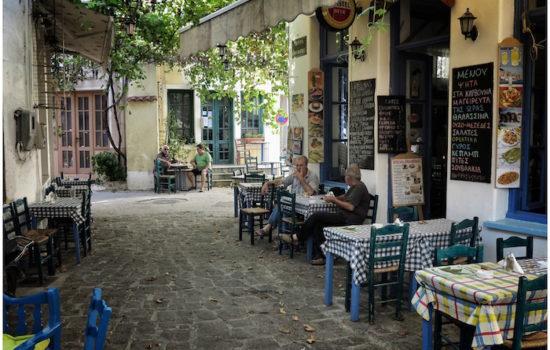 Der beste Oúzo Griechenlands kommt aus Plomári auf der Insel Lésbos