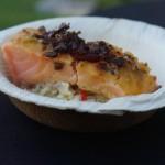 Grillen: Lachs vom Holzbrett mit Ananas-Reis