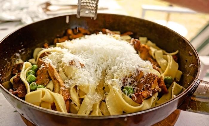 Vegetarisch: Pasta mit Pfifferlingen und ein Schlossberg