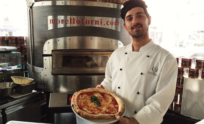 Feine Geschichte! Pizza von La Storia