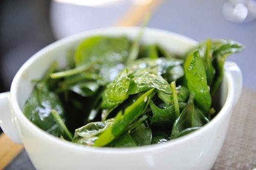 Salat knackig frisch