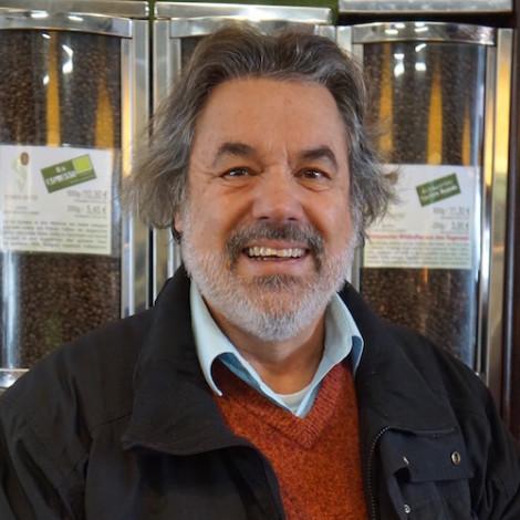 Dr. Carlos Soares