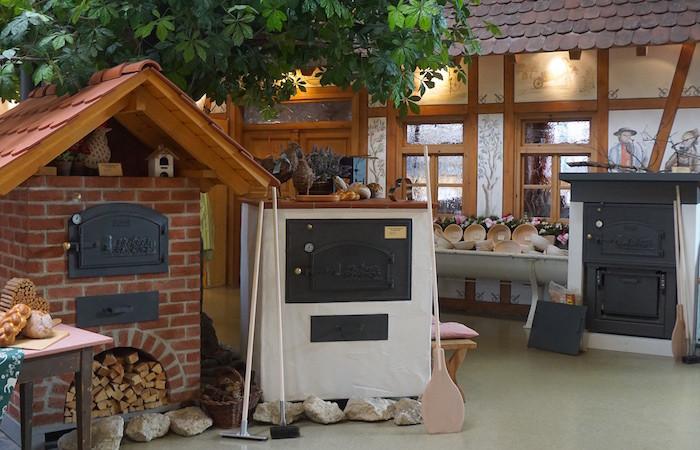 h ussler backdorf europas gr te holzbackofenausstellung foodhunter. Black Bedroom Furniture Sets. Home Design Ideas