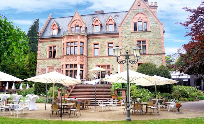 Romantik Hotel Schloss Rettershof im Taunus