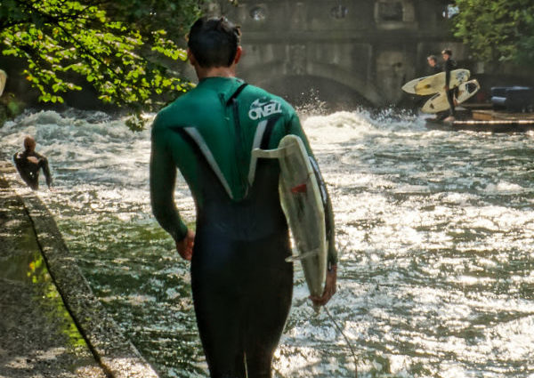 Englischer Garten Surfer