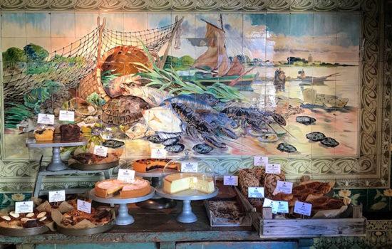 Mutterland Cölln's - Austern, Labsklaus und 30.000 Fliesen