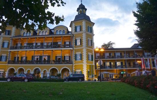 Verblasste Schönheit: Schloss Velden