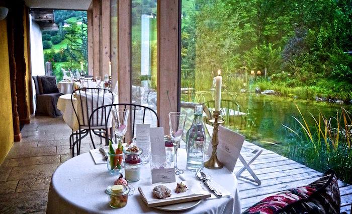 La vie en rose: Bijo Farm und das Rosen Café.