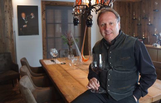 """Das Glas macht den Wein. Sepp Greil und sein """"Riedel Room@greil"""""""